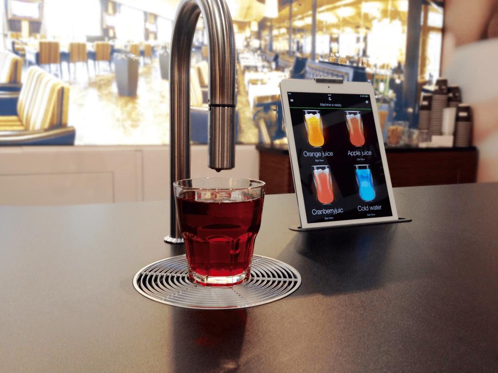 Juicemaskin restaurang, hotell, kontor och offentliga miljöer. Denna variant kallas för under the counter.